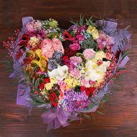 Bouquet Heart of mixed flowers